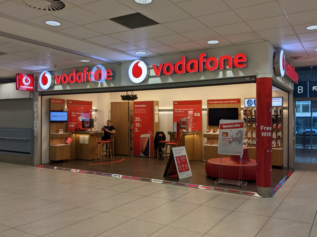 プラハ空港_Vodafone
